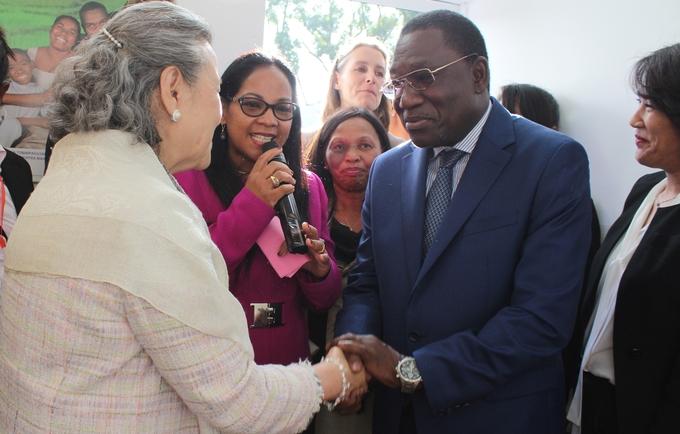 Mme Ban Soon Taek,épouse du UNSG, Mr Mamadou DICKO, Représentant de l'UNFPA et Mme la Première Dame